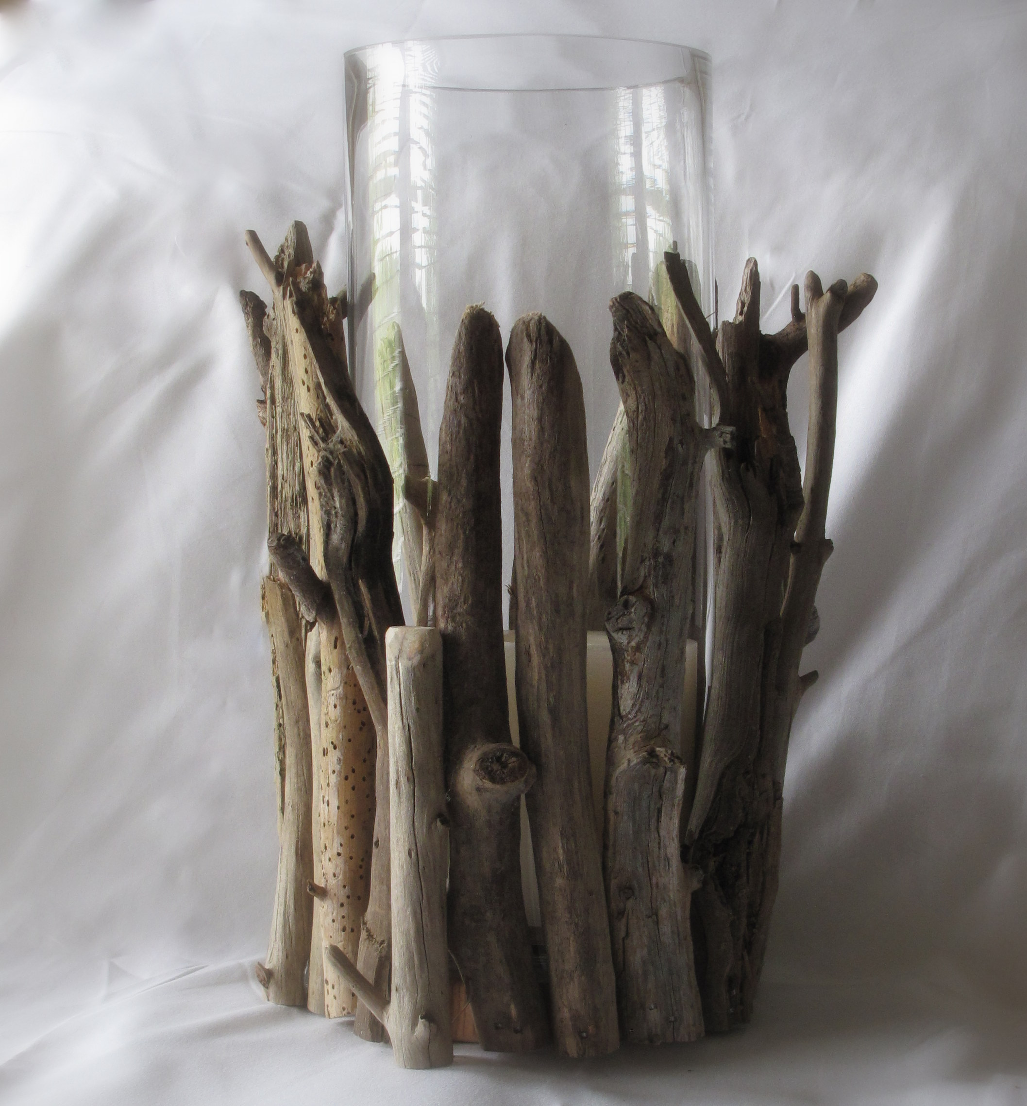 driftwood craft ideas easy driftwood hurricane lamp diy scavenger chic 1903