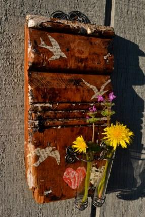 Grunge Meets Beauty flower holder