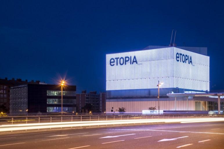 Etopia. Autor Pedro Etura