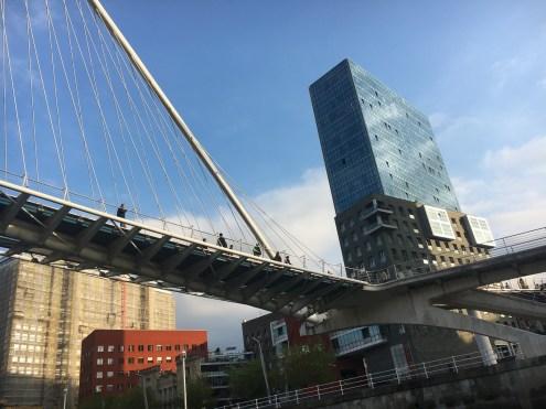 SCB Spain Convention Bureau. Bilbao. Pasarela e Isozaki