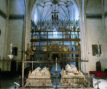 GRANADA. Capilla Real. Sepulcros de los Reyes Católicos y Juana 'La Loca' y Felipe 'El Hermoso'.