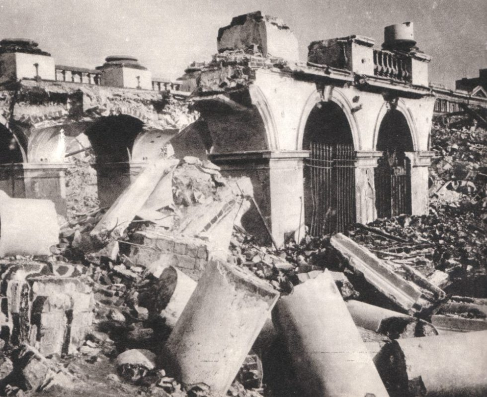 The_Saski_Palace_Warsaw,_destroyed_by_Germans_in_1944