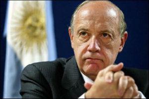 22196934_crisi-argentina-la-soluzione-per-italia-grecia-video-intervista-roberto-lavagna-ex-ministro-dell--7