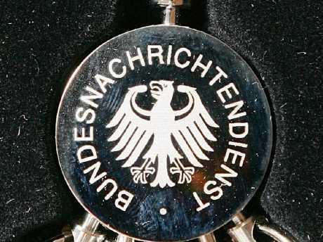 """La spinta tedesca a tenere sotto scacco i futuri politici italiani contrari all'EU: il cavillo nel decreto fiscale per """"influenzare"""" il prossimo governo?"""