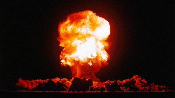 15 Sep 1957, Nevada Test Site, Nevada, USA --- Fizeau was a 11 kiloton tower shot fired September 14, 1957 at the Nevada Test Site. --- Image by © CORBIS