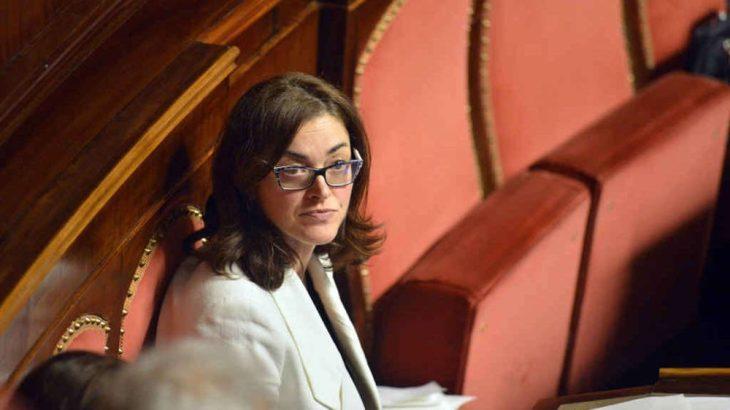 """INTERROGAZIONE DELLA SENATRICE DE PIN SUGLI """"INVESTIMENTI"""" DI BANCA D'ITALIA"""