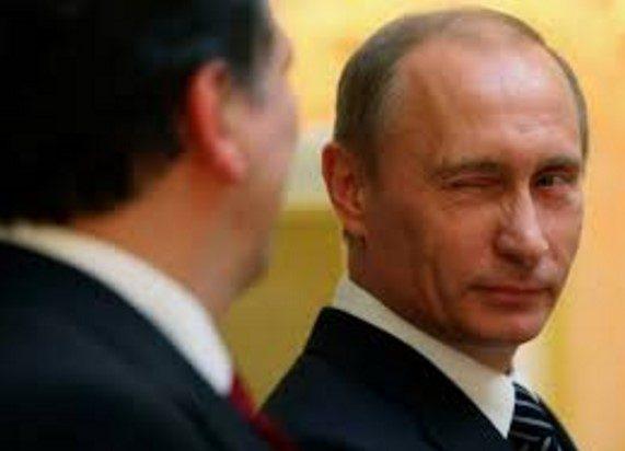 MA LA RUSSIA DI PUTIN NON DOVEVA FALLIRE CAUSA PETROLIO E SANZIONI UE?