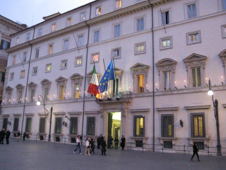 Il Governo ha perso di vista come funziona l'economia italiana? Urge risposta. (di Paolo Savona)