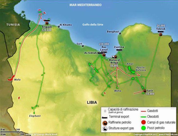 """I servizi segreti francesi hanno commissionato l'esplosione dell'oleodotto in Libya come """"ritorsione preventiva"""" contro Trump?"""