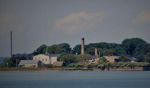 La cura danese per gli immigrati violenti: un'isola abbandonata.