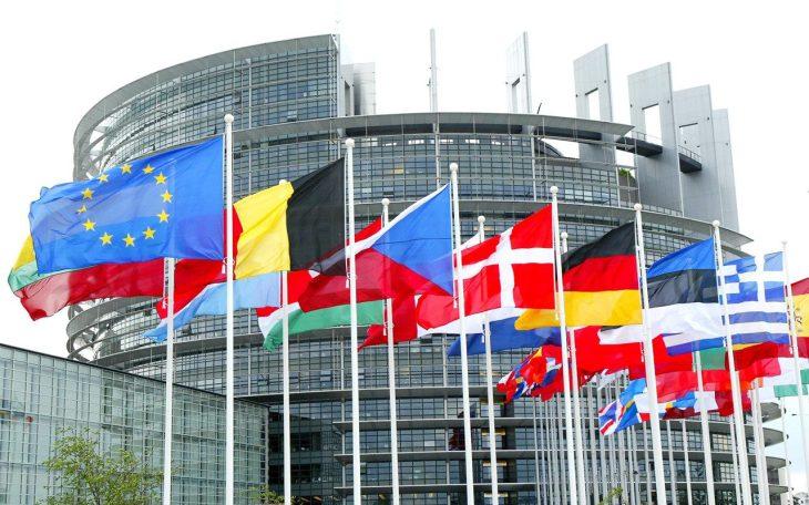 I ministri delle finanze annunciano una svolta nella riforma dell'€urozona. (di Viola Ferrante)