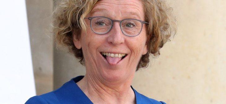 Il Ministro del Lavoro francese implora gli imprenditori di concedere degli aumenti. Sono alla frutta