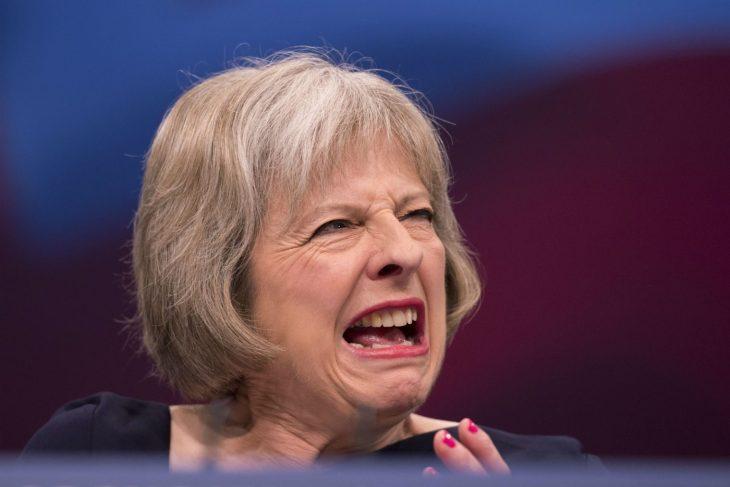 Il tradimento della Brexit prosegue: colpo di stato contro la May