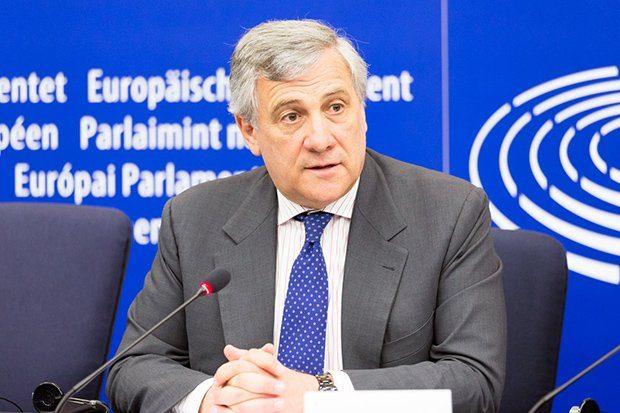Tajani, basta luoghi comuni. Gli italiani non si faranno prendere il giro
