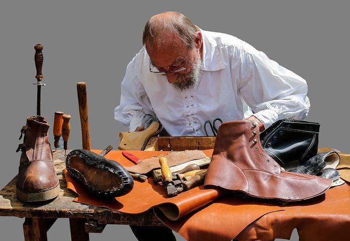 Carraro su IlFattoQuotidiano.it: sull'arte di farsi le scarpe da soli