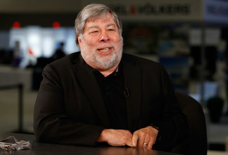 WOZNIAK RIENTRA IN CAMPO CON LA BLOCKCHAIN