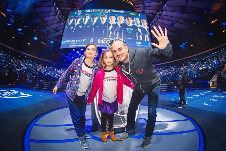 Ariel Horn '98 and his kids at the League of Legends Championships