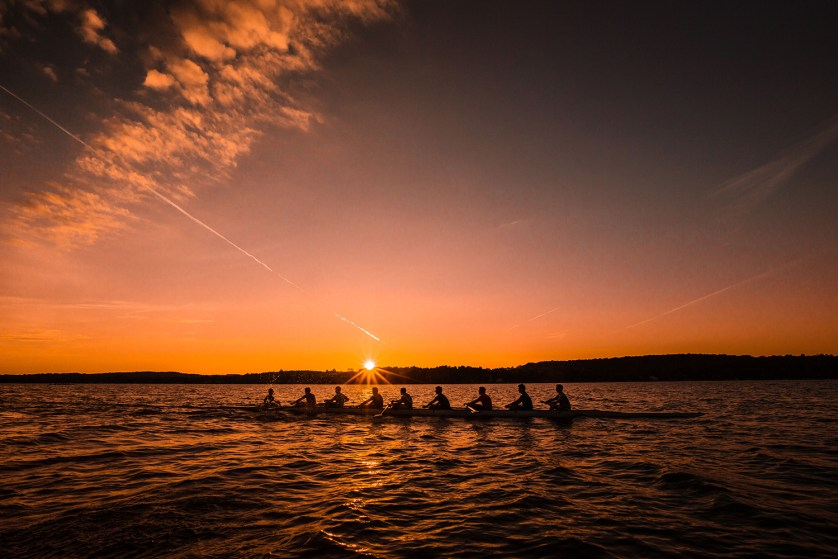 geneseo crew at sunrise.