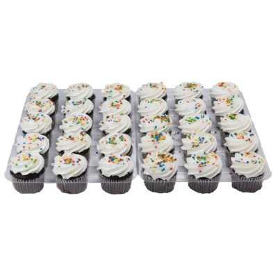 Daily Chef Chocolate Cupcake With White Butrcreme 30 Ct