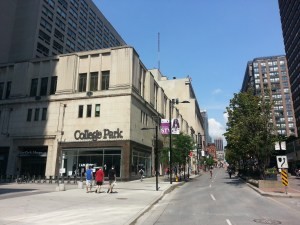 College Park Yonge Street
