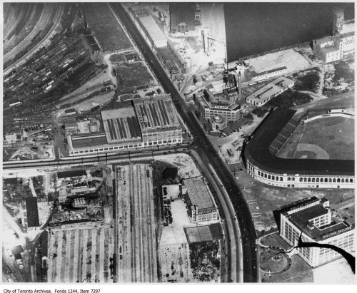 Aerial view of Bathurst Street and Lakeshore Road. - [after 1929]