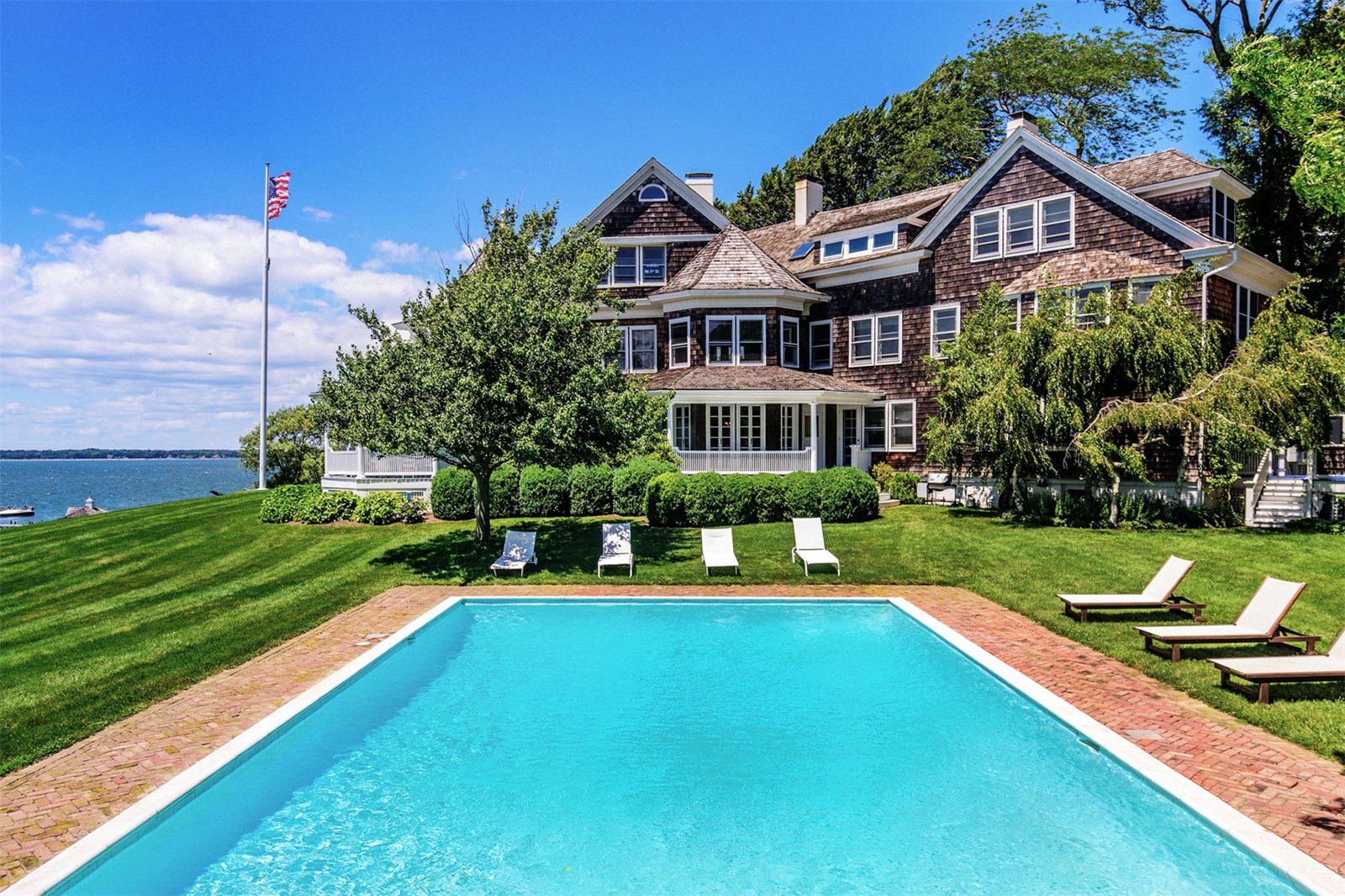 Shelter Island House Swimming Pool - Scene Therapy