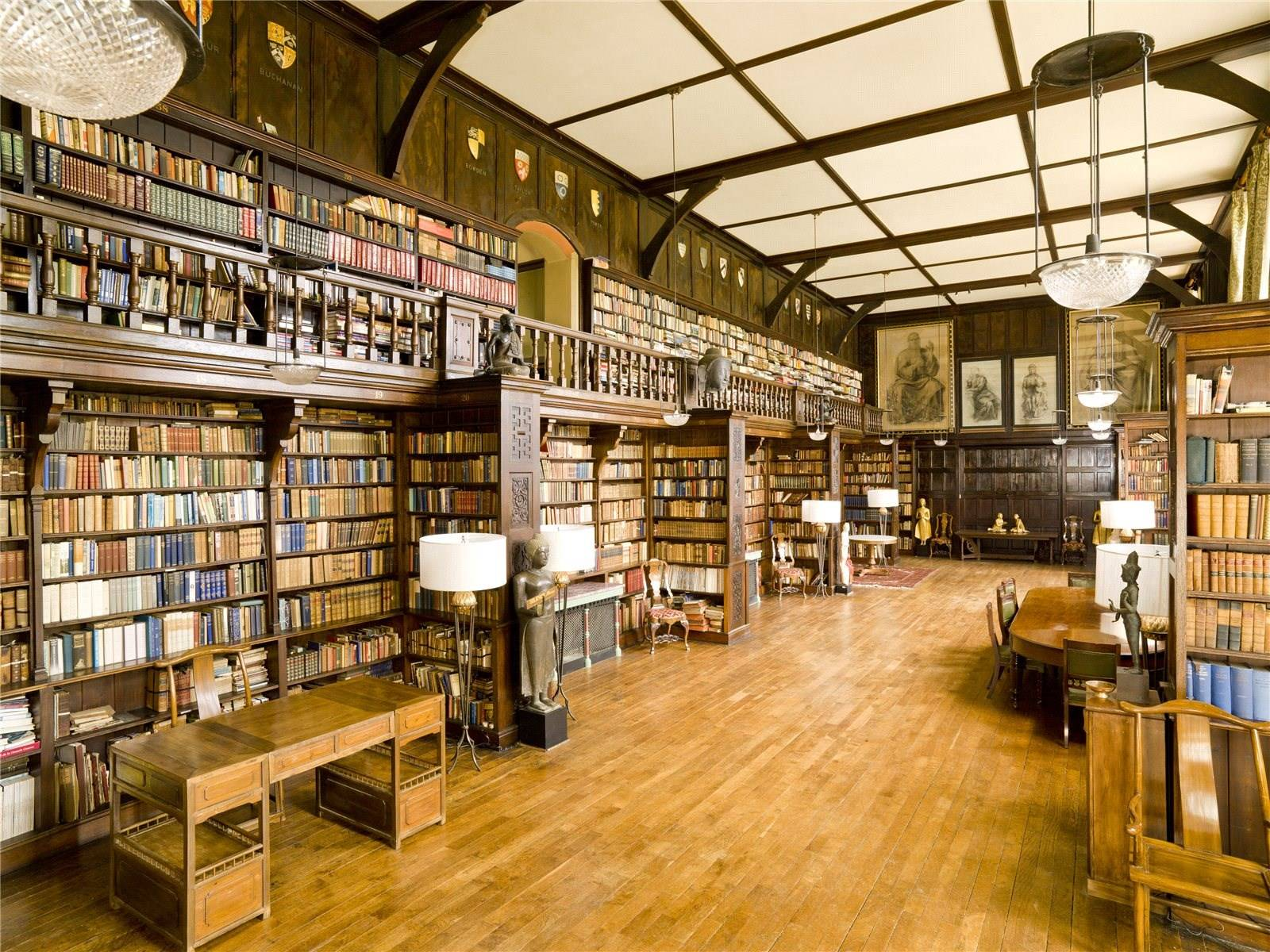Decor Of The Day English Mansion Library Scene Therapy