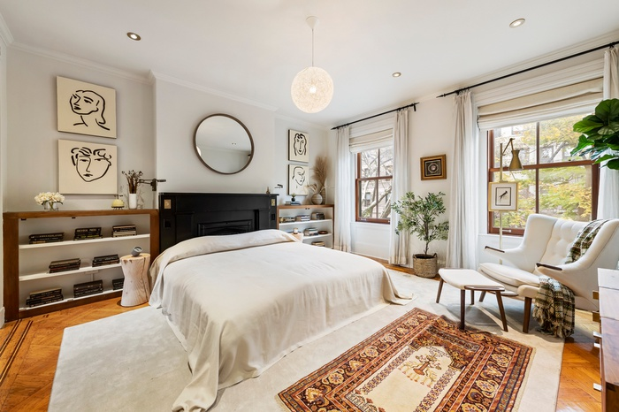 Norah Jones New York Home Bedroom Decor Scene Therapy