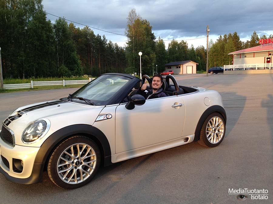 Mini Roadster happy