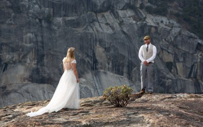 What to Wear for An Adventure Elopement