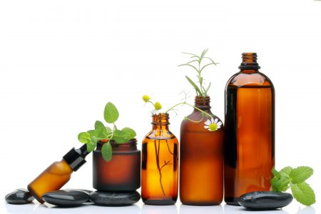 how to dilute essential oils, using essential oils, Frequently Asked Questions About Aromatherapy, how can I use essential oils, essential oils uses, oil diffuser,