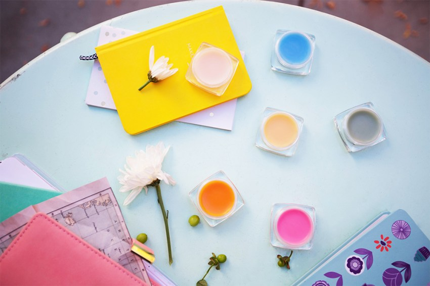 photo of scentsy join testers on a table in the spring