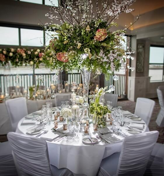 Large Table Centre