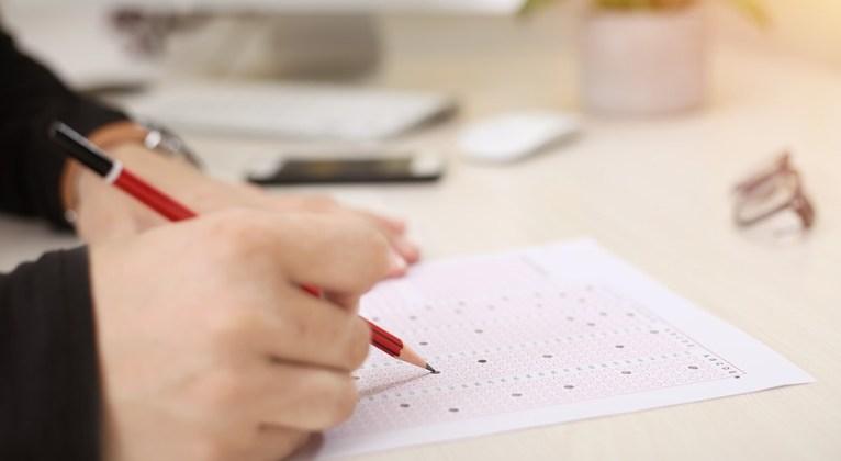 Cum văd testele și examenele și de ce am ajuns să le urăsc