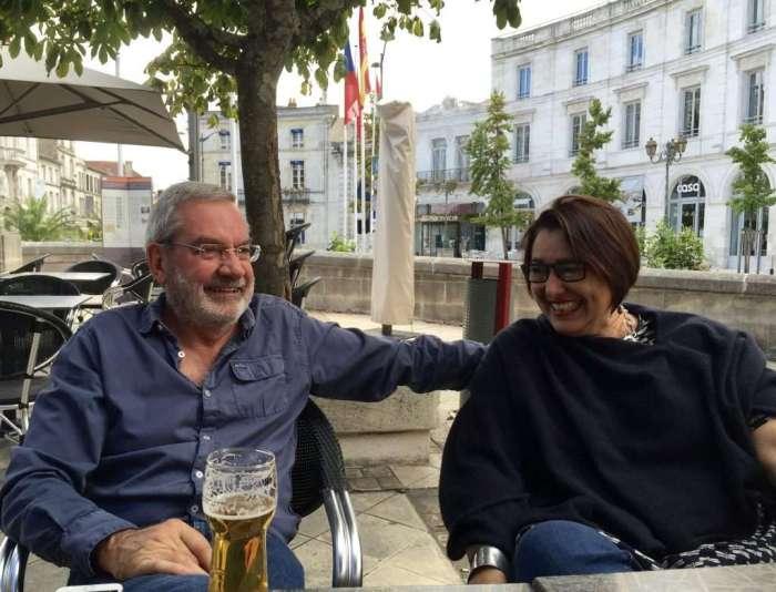 Beers after all the walking: Daan & Gretel.