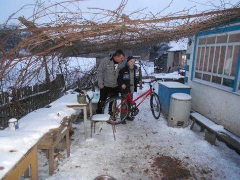 Das Fahrrad aus Deutschland findet den neuen Besitzer