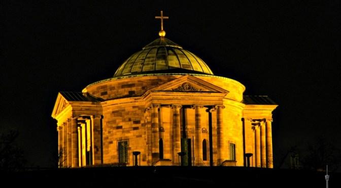 Stuttgart von Oben – Die Grabkapelle auf dem Württemberg