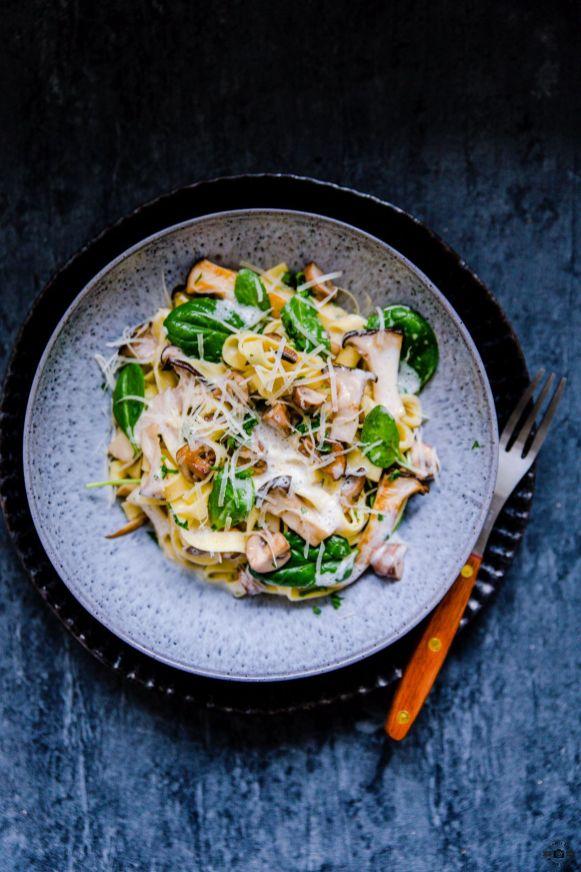 Tagliatelle mit Pilzen und luftiger Weißweinsauce Schätze aus meiner Küche