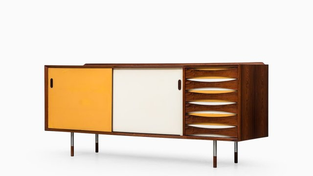 Arne Vodder sideboard model 29 at Studio Schalling