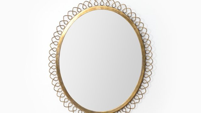 Mirror in brass at Studio Schalling