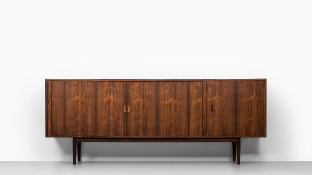 Arne Vodder sideboard model OS36 in rosewood at Studio Schalling