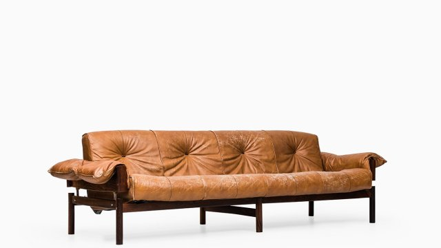 Percival Lafer sofa in rosewood at Studio Schalling