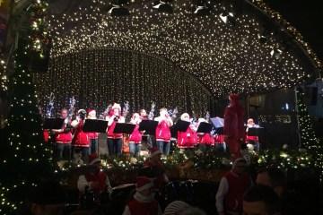 Domplatz Erfurt Weihnachtskonzert 2017 4 - Weihnachtsmarkt Erfurt Christmas Open Air 2018