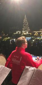 Buehne Domplatz 15.12.2018 7 150x300 - Weihnachtskonzert Domplatz Erfurt