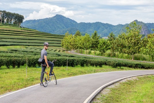 Thailands unberührter Norden per E-Bike