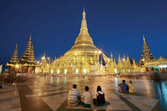 ShwedagonPagode2 YangonFotolia - Myanmar – Ein Traum in Gold