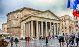 Pantheon von außen (HDR, damit es nicht gar zu trist aussieht)