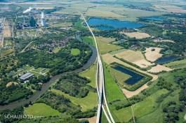 Korbetha, neue ICE-Trasse in der Saaleaue, E.ON Kraftwerk