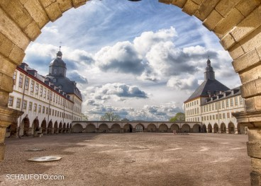 Und nochmal der Schlosshof.