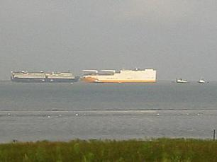 20030813-003